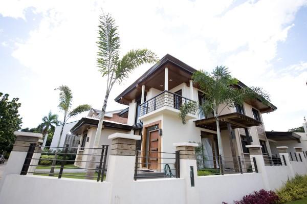 Sarmiento Residence